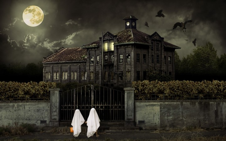 63836217-haunted-house-wallpapers
